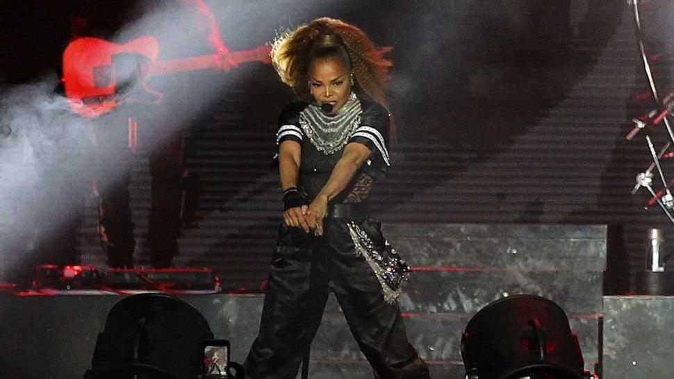 Janet Jackson wanted to cancel tour after Joe Jackson's death
