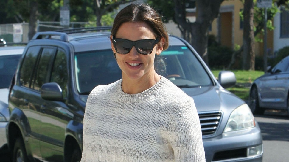 Jennifer Garner church outfit sweater and skirt