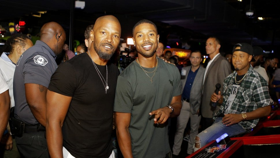 michael b jordan praises big brother jamie foxx as they face off in basketball shoot off. Black Bedroom Furniture Sets. Home Design Ideas