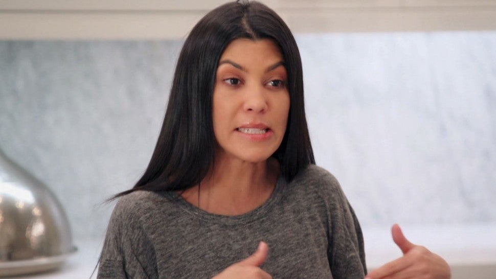 Kourtney Kardashian confronts her sisters on 'Keeping Up With the Kardashians'