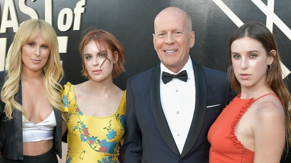 Bruce Willis Poses With His and Demi Moore's Daughters for ...