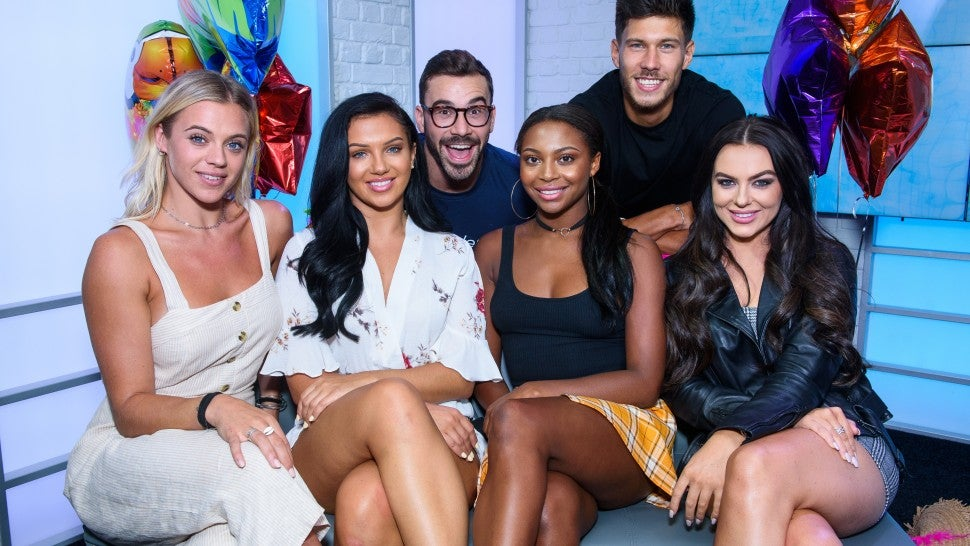 'Love Island' Coming To U.S. With CBS Series Order