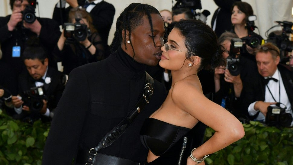 kylie_jenner_travis_scott_gettyimages-955786856.jpg