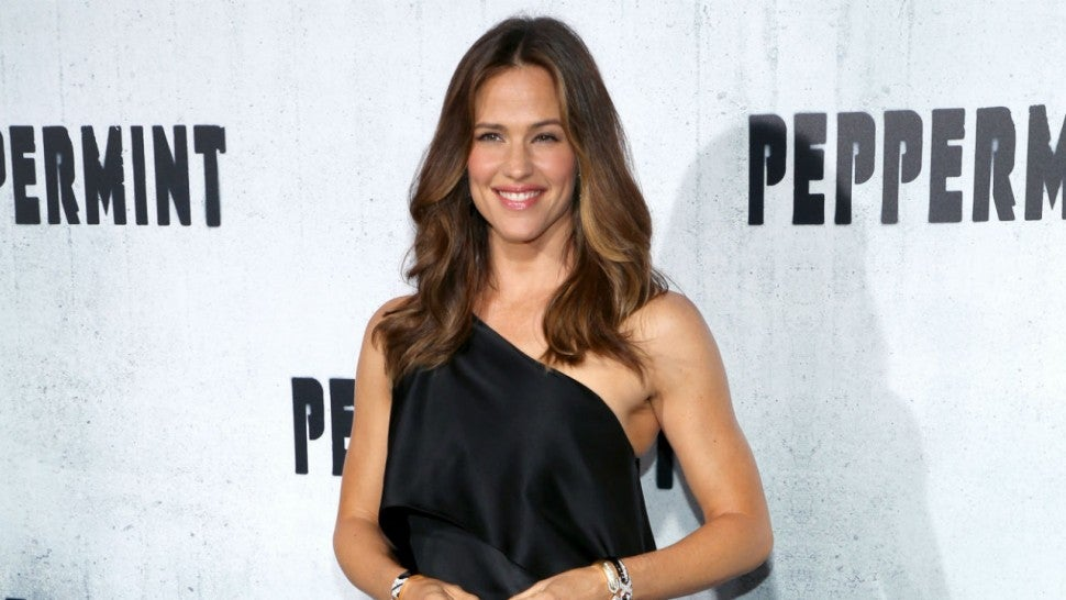 Jennifer Garner at Peppermint premiere