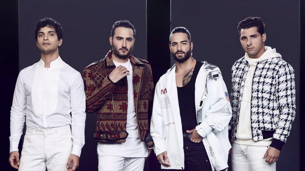 Inside Reik And Maluma S Amigos Con Derechos Music Video