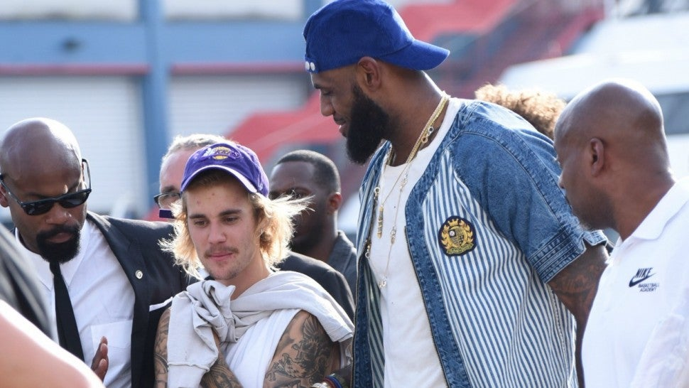 Justin Bieber Gets His Sneakers Signed by LeBron James ...