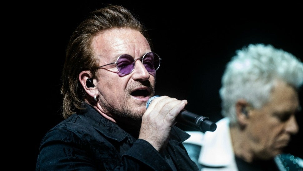 U2 concert ends early after Bono loses voice