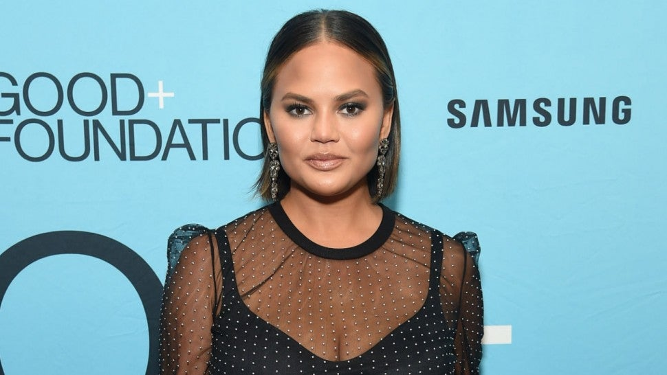 Chrissy Teigen Savages Guy Who Asks If She's Pregnant Again During Emmys