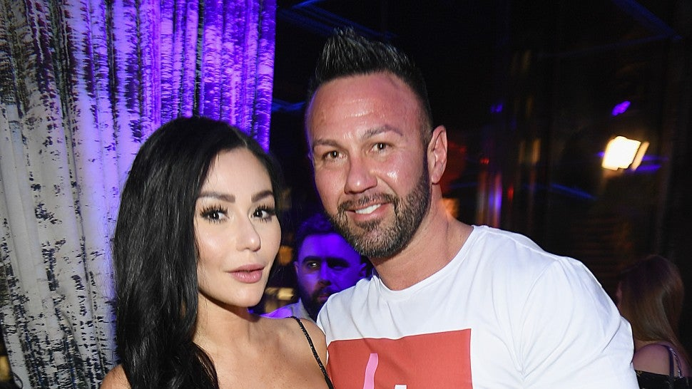 Jersey Shore's Jenni 'JWoww' Farley splits from husband Roger Mathews