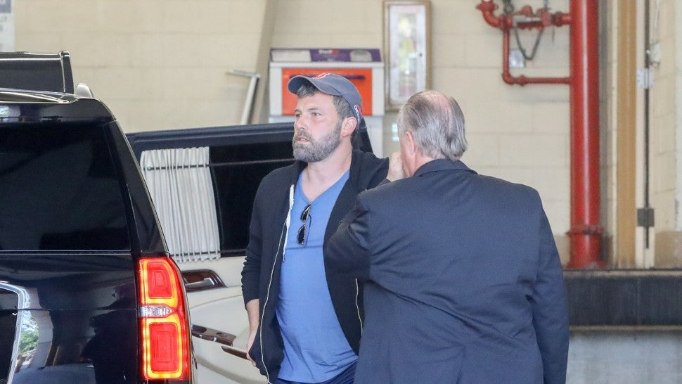 Ben Affleck arrives at WB Studios  on Sept. 26, 2018 after 30 days at Malibu rehab.