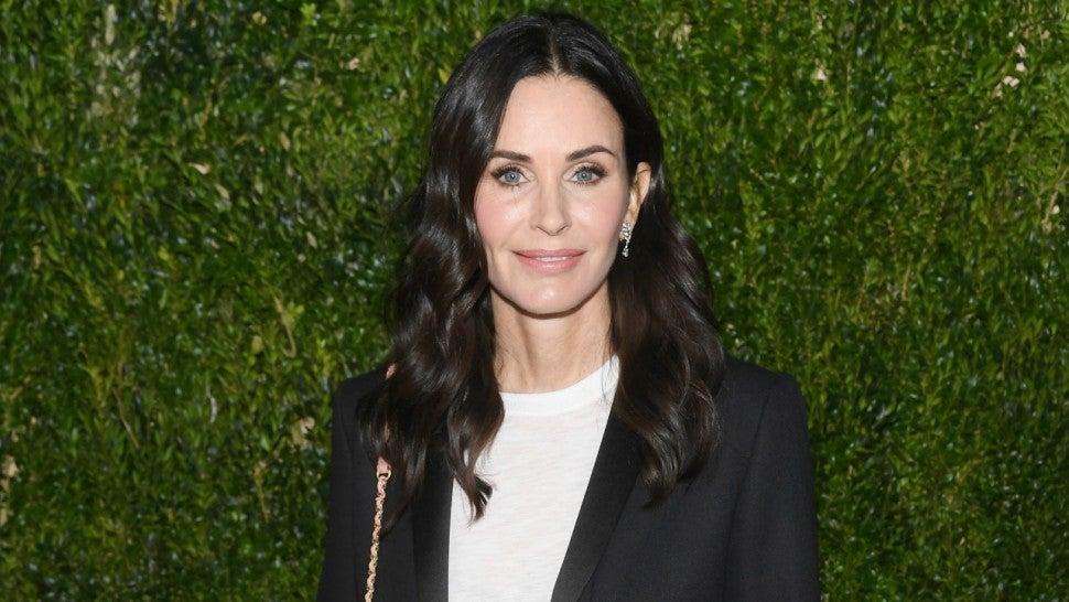 Courteney Cox Shares Never-Before-Seen 'Friends' Group Photo Snapped Before the Show Aired