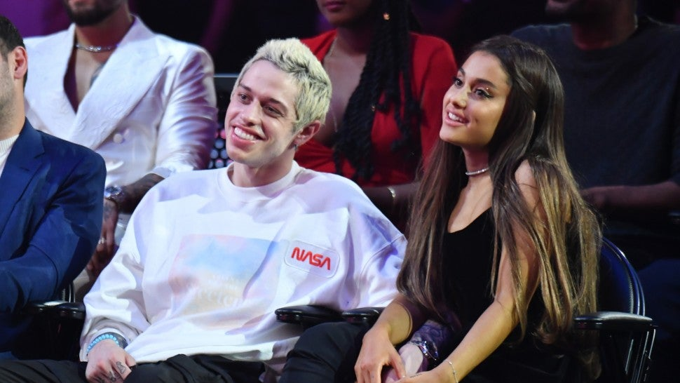Ariana Grande, Pete Davidson break up