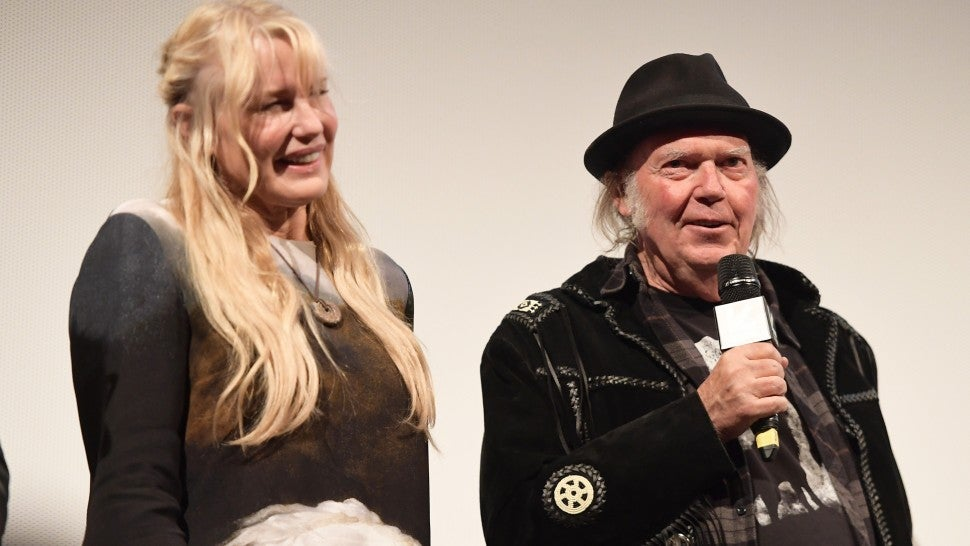daryl hannah neil young
