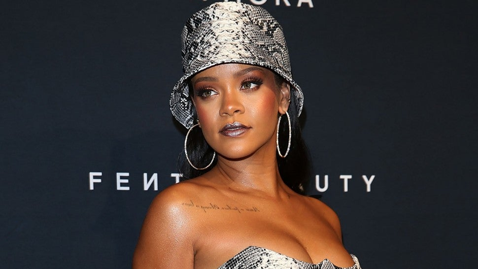 Rihanna Wears Head-to-Toe Snakeskin (Including a Bucket Hat) and ... cb8be1525a8