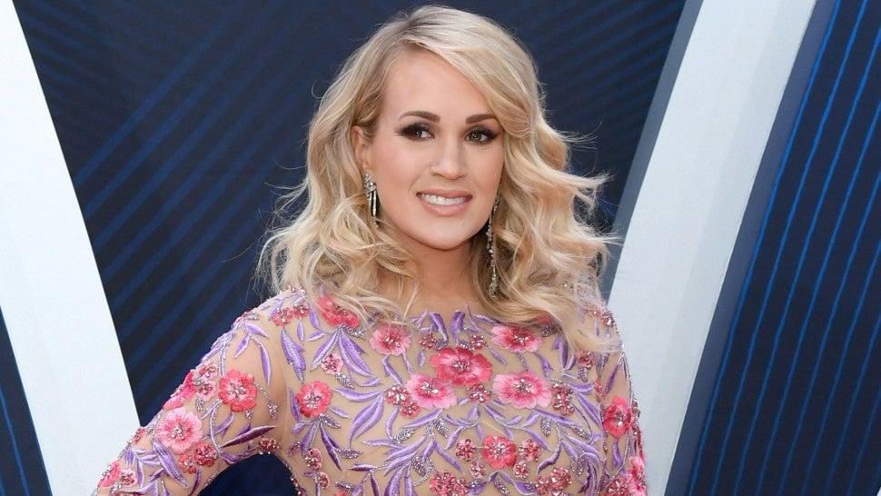 Carrie Underwood Nude Photos 6