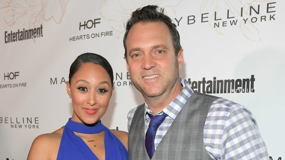 Tamera Mowry-Housley and husband Adam Housley searching for niece after Thousand Oaks shooting
