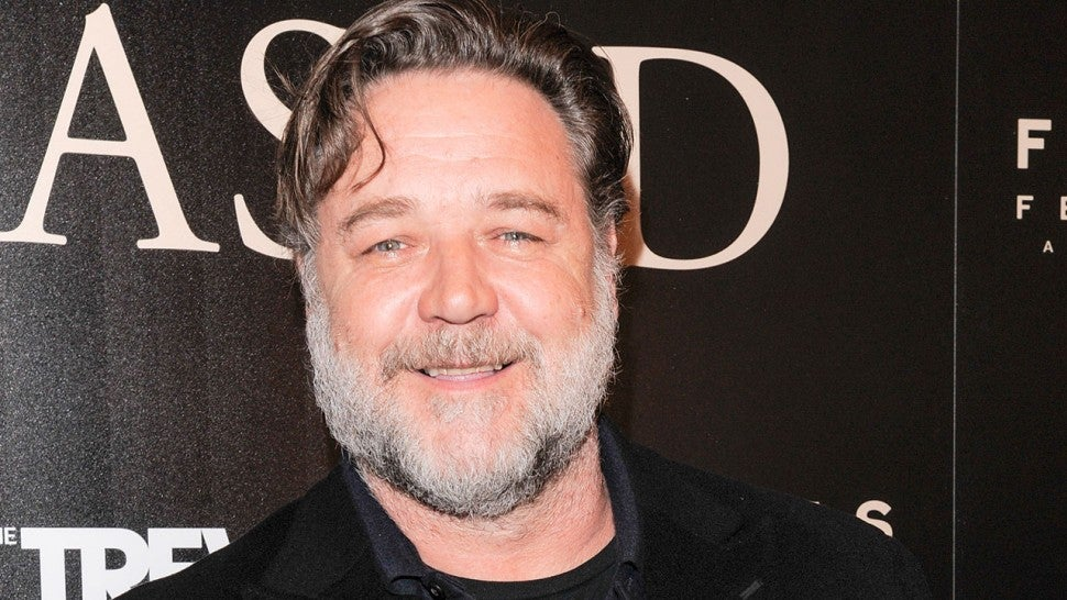 Russell Crowe Is Totally Unrecognizable Dressed as Roger Ailes for Upcoming Showtime Miniseries