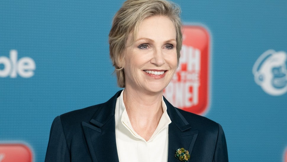 jane_lynch_gettyimages-1057961586.jpg