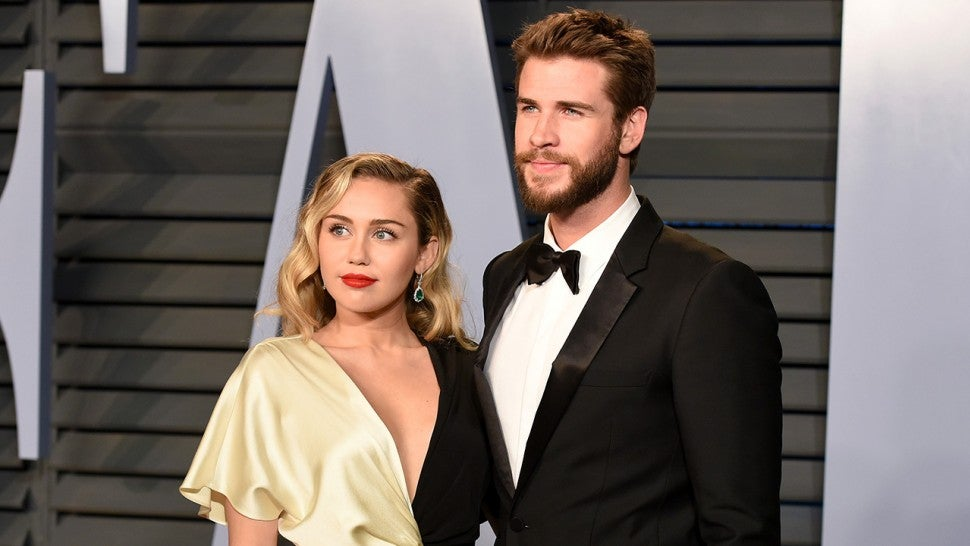Miley Cyrus Spends New Years With Liam Hemsworths Family After