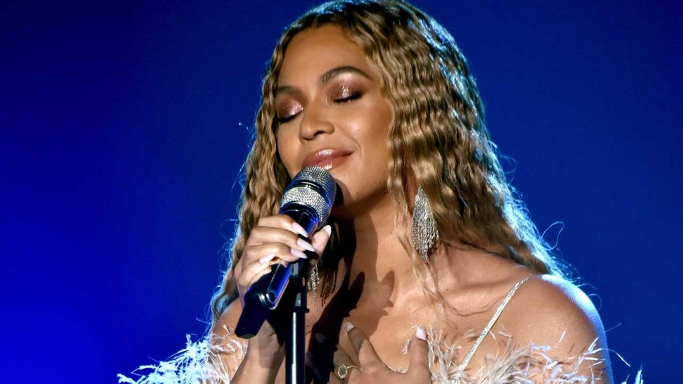 Beyonce Is Giving Away Free Ti...