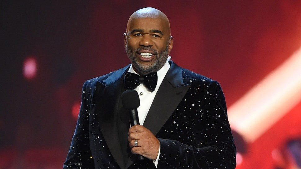 steve harvey promises bigger and better new year s eve in