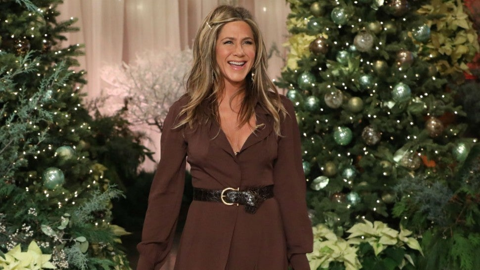 Jennifer Aniston finally reacts to 'threesome' comments
