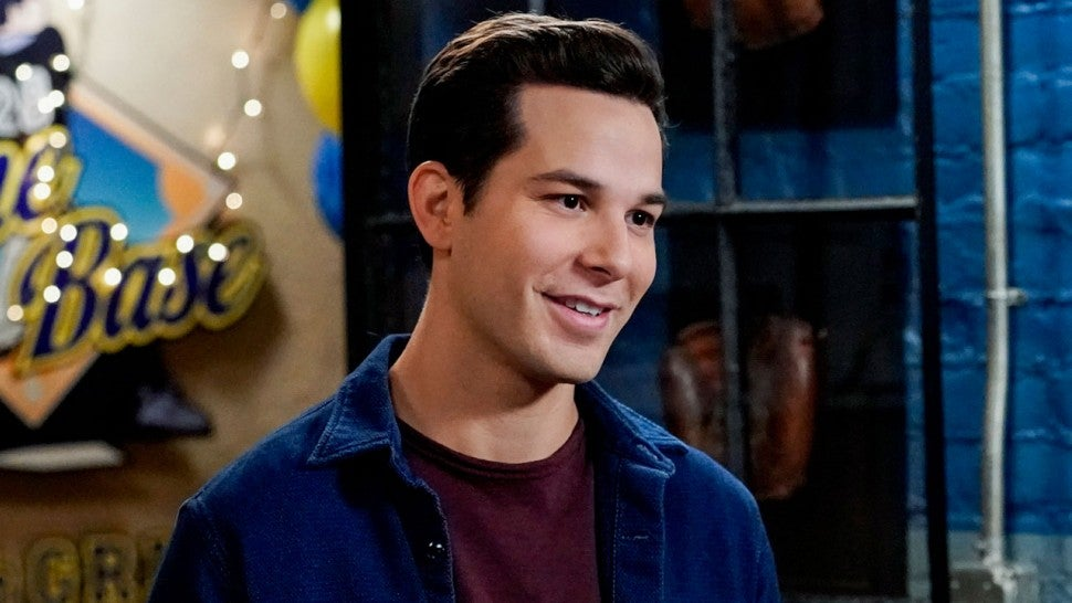 'Crazy Ex-Girlfriend': Skylar Astin Dishes on If Greg Is Rebecca's OTP and That Nathaniel Rivalry (Exclusive)