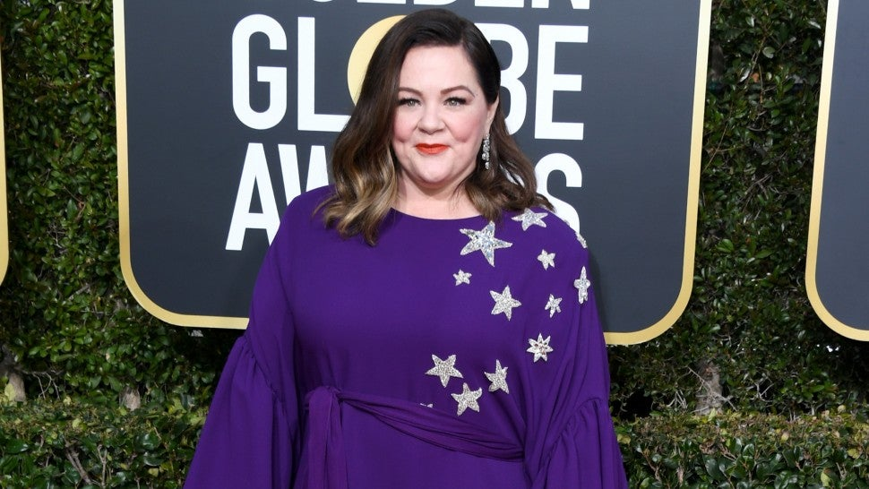 Melissa Mccarthy Secretly Gives Out Ham Sandwiches At The 2019