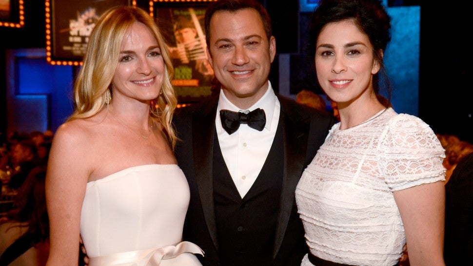 Sarah Silverman Poses For Hilarious Photo With Ex Jimmy Kimmel And His Wife Molly Mcnearney Entertainment Tonight Kevin kimmel ретвитнул(а) arun chaudhary. his wife molly mcnearney