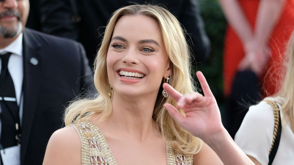Margot Robbie returns as Harley Quinn in first Birds of Prey teaser