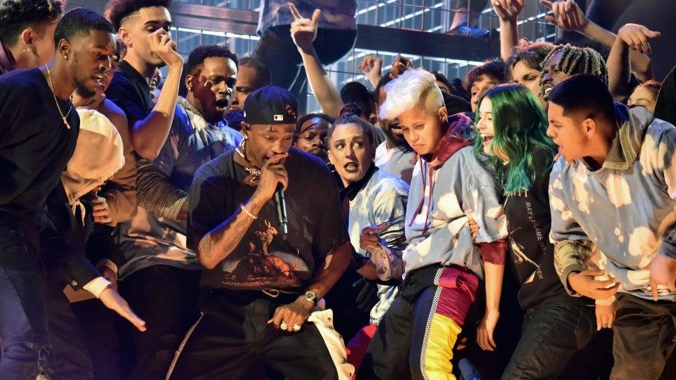 Watch Travis Scott Create a Mosh Pit on Stage at 2019 Grammys