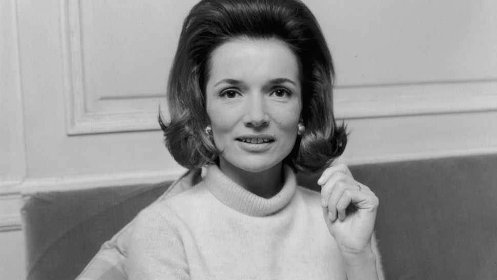 Lee Radziwill, Jackie Kennedy Onassis' younger sister, dies at 85