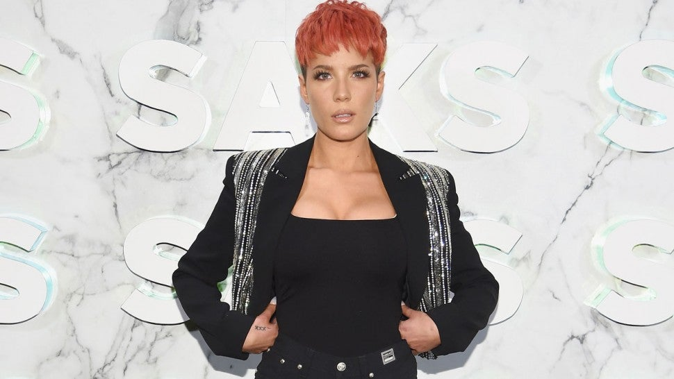 Halsey O Ashley Nicolette Frangipane: Halsey Sparks G-Eazy Cheating Rumors With 'Saturday Night