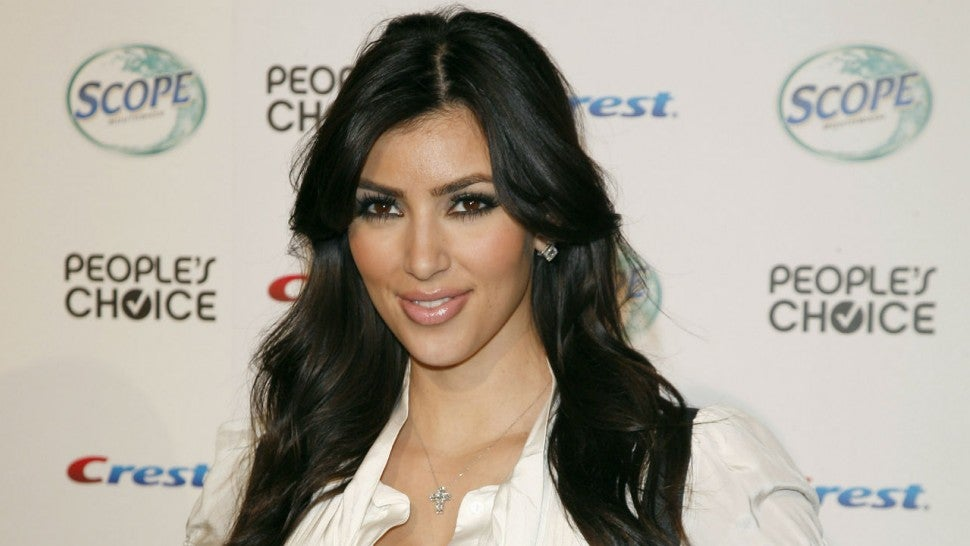 Kim Kardashian Tells Story of a Meaningful Necklace Stolen During Her Paris Robbery