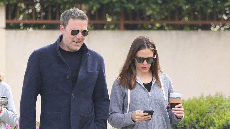 Ben Affleck and Jennifer Garner Take a Stroll Together in Los Angeles