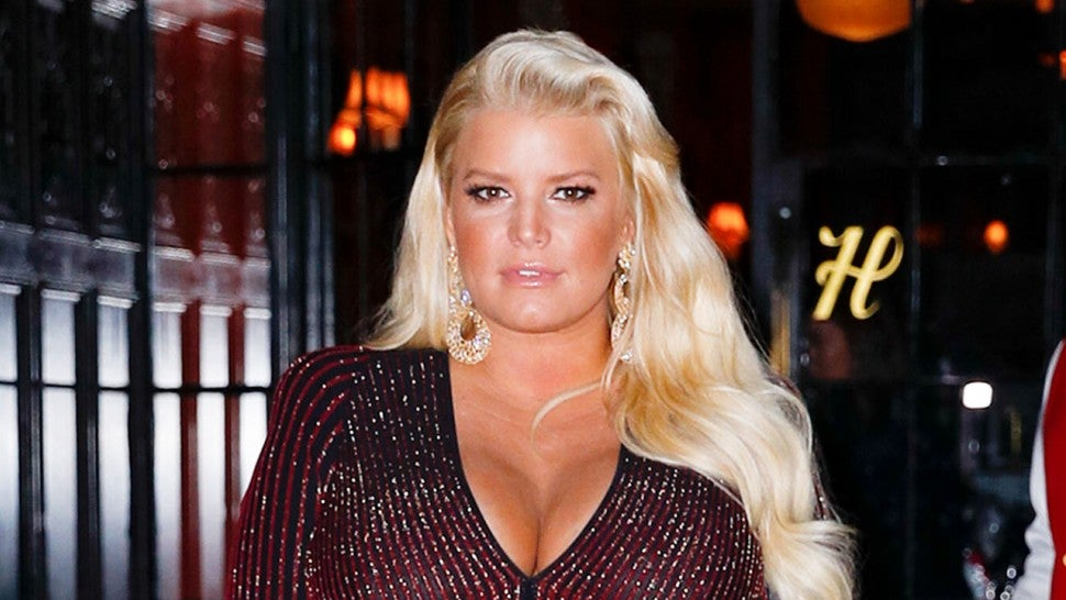 Jessica Simpson shows off new daughter at Easter