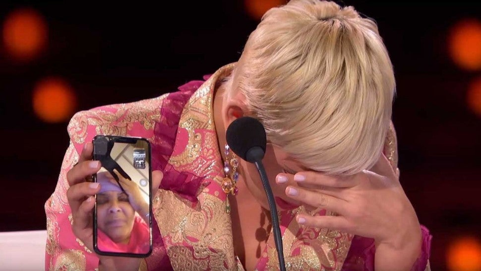 'American Idol': Katy Perry Breaks Down in Tears, Throws Her Jacket on Stage & Sticks Tissues Up Her Nose