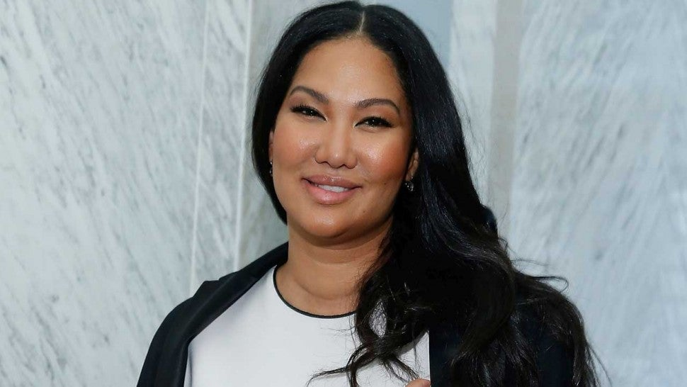 Kimora Lee Simmons mocks college admissions scandal
