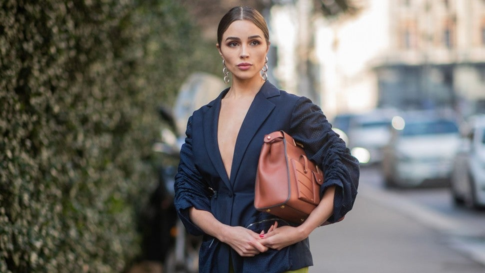 ba82a5bf Celeb Street-Style Outfits Perfect for In-Between Weather Dressing --  Olivia Culpo, Gigi Hadid & More!