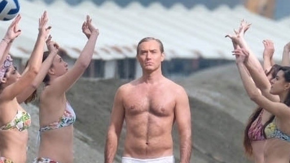 "Jude Law struts his stuff in his underwear while filming in Venice. Jude was filming a scene in his tighty whities for his TV series ""The New Pope."""