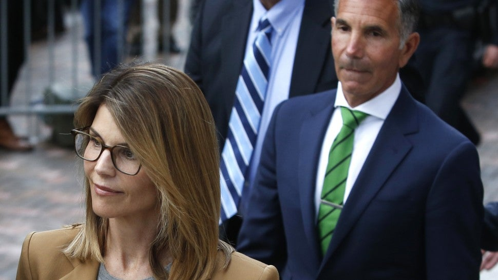 Lori Loughlin, Mossimo Giannulli plead not guilty in college bribery scandal
