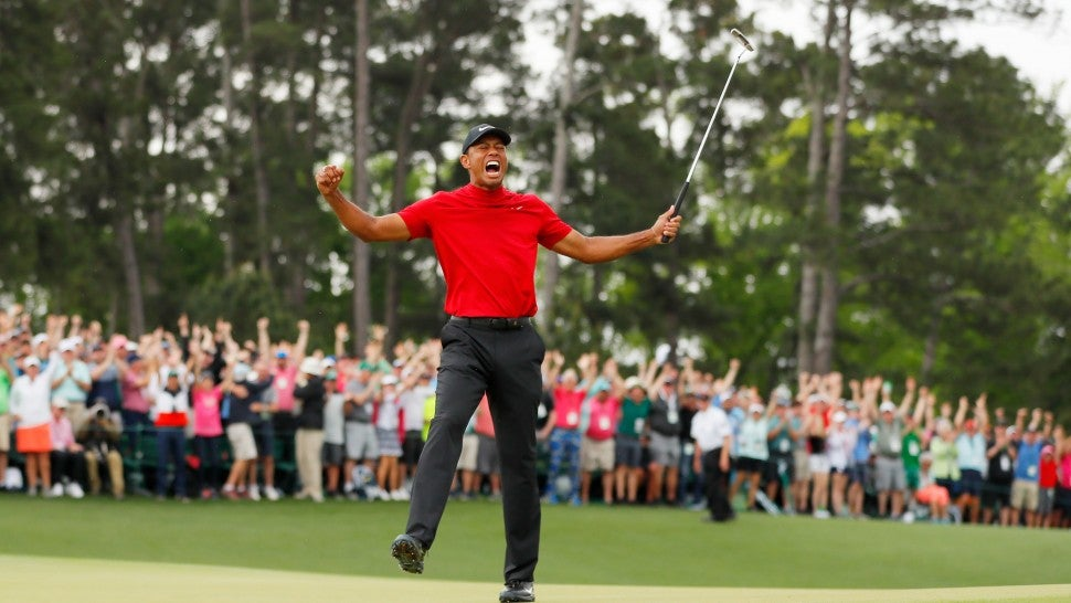 87b9ef75 Tiger Woods Celebrates 2019 Masters Win by Giving Son Massive Hug ...