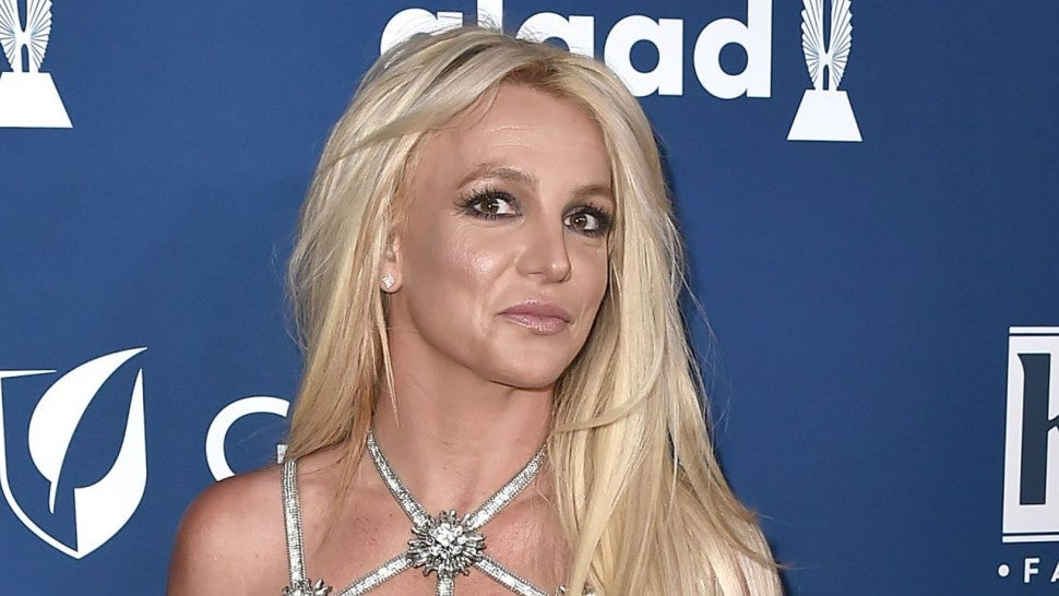 'Controlling Britney Spears' Documentary Claims Singer's Phone Was Bugged By Conservators.jpg