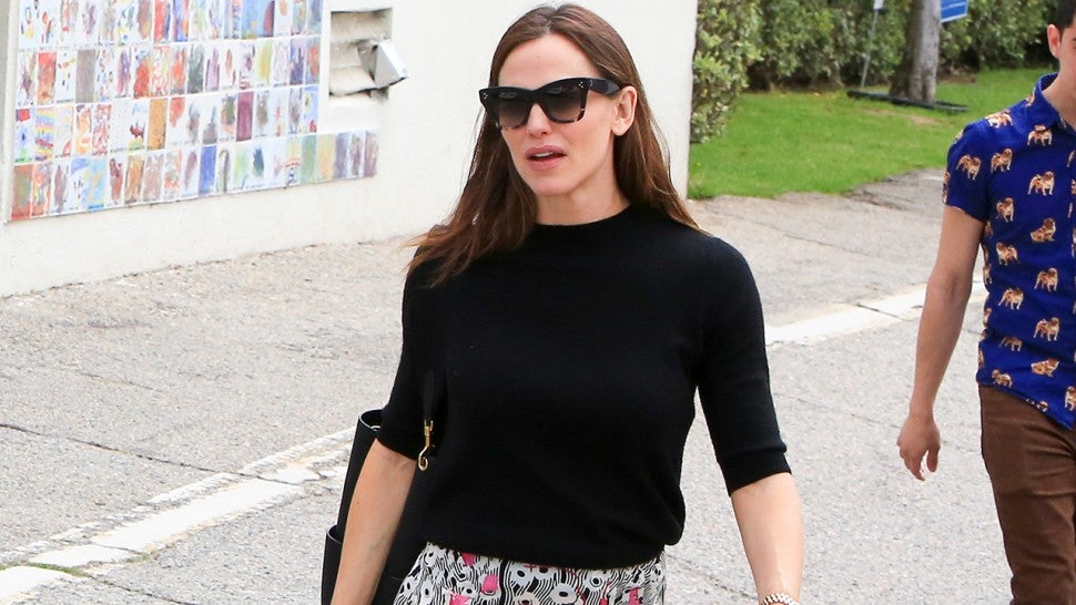 863d38ed7 5 Outfit Ideas for Easter Inspired by Jennifer Garner -- Shop Her Chic  Church Looks!