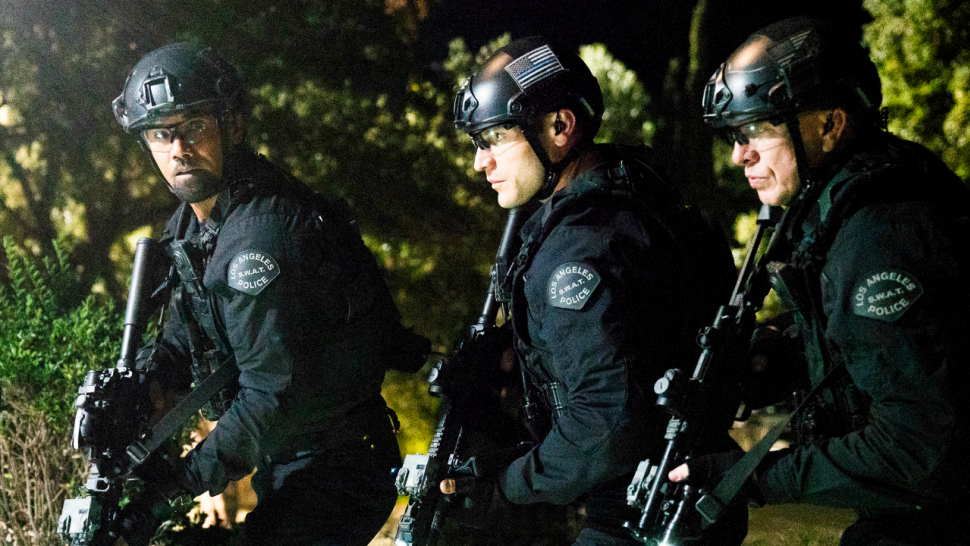 s w a t \u0027 co creator on why the series is tackling hot S.W.a.t Equipment