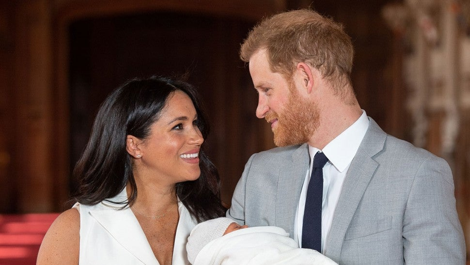 f1bce38d0b0bc Meghan Markle and Prince Harry's Newborn: Everything We Know (So Far) About  Baby Sussex!