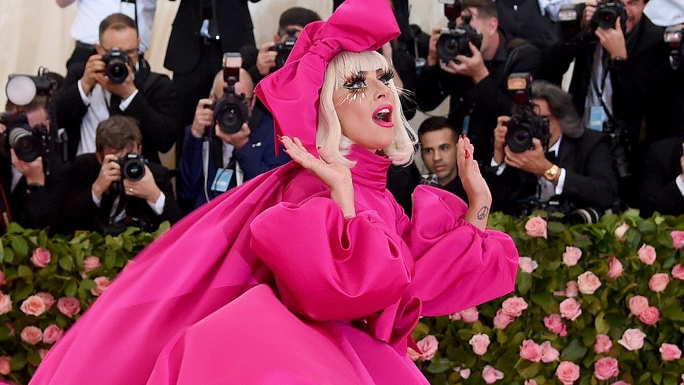 2019 Met Gala Red Carpet See All The Arrivals Entertainment Tonight