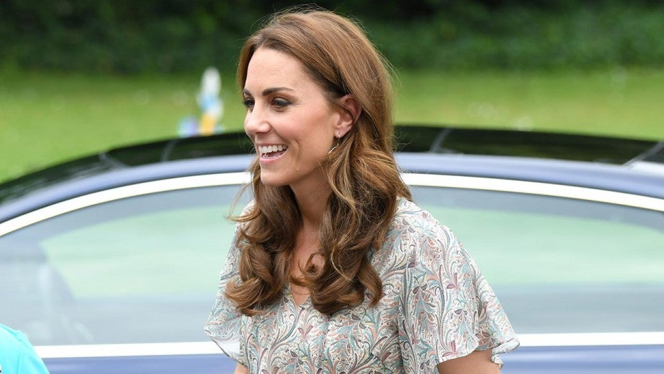 Kate Middleton in printed dress and espadrille wedges 1280