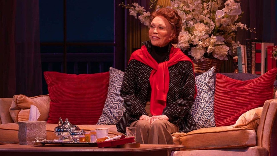 AWAY: Faye Dunaway canned from Broadway play after allegedly slapping crew