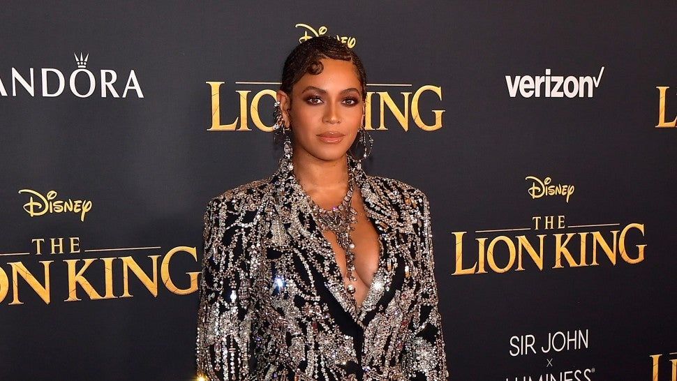 271cf9864 Beyonce and Blue Ivy Shut Down 'Lion King' Premiere in Fierce Matching  Outfits
